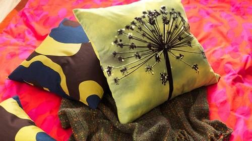 Декоративные подушки в пасхальном интерьере