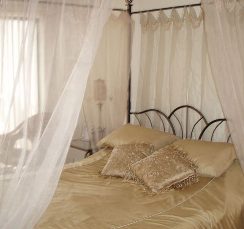 Кровать фен-шуй спальни