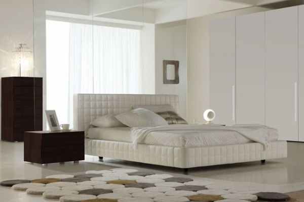 Двуспальные кровати кожаные