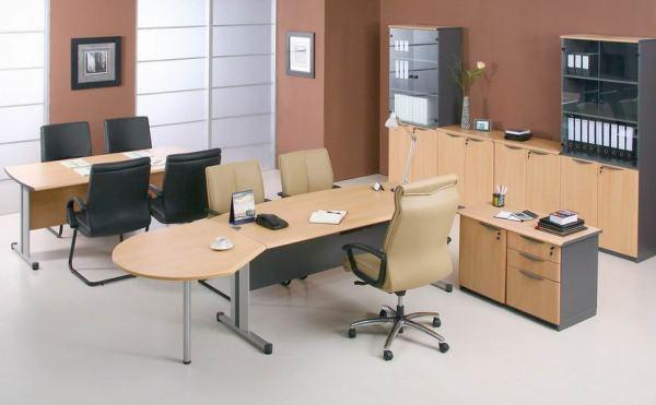 Кожаные стулья для офиса