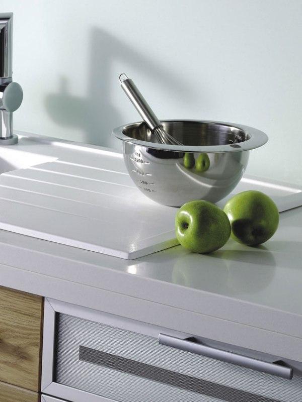 Кухонная мойка под столешницу