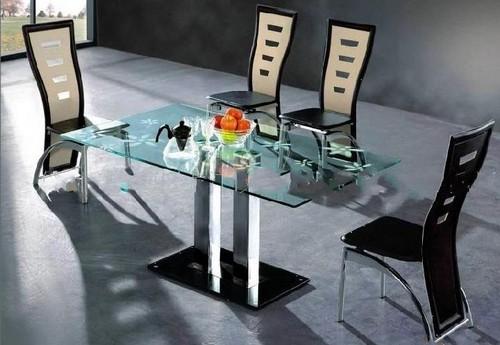 Стеклянный стол кухонный