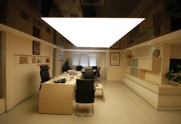 Натяжные потолки для офиса фото