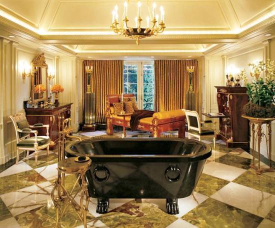 Ванная в спальне в стиле ампир