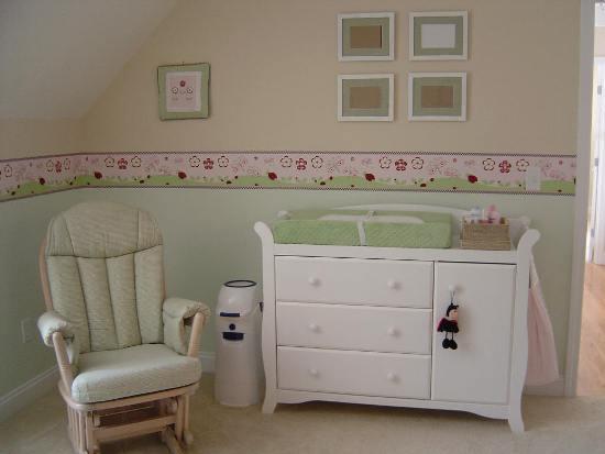 Мебель для комнаты новорожденного