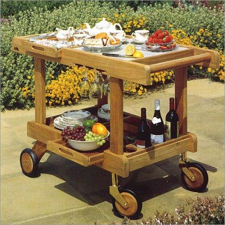 Сервировочные столики на колесиках