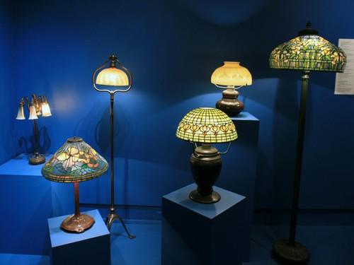 Витражные настольные лампы