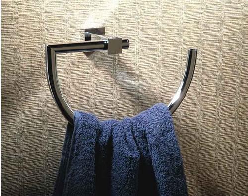 Полотенцедержатель для ванной