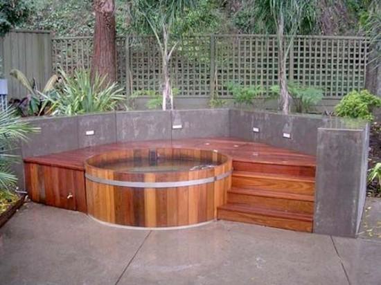 Гидромассажный бассейн из дерева