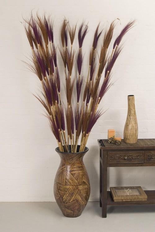 Что поставить в напольную вазу