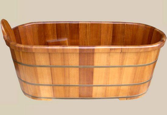Уход за деревянной ванной