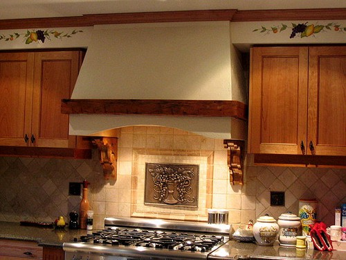 Вытяжки кухонные купольные
