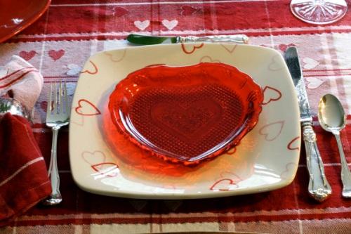 День Святого Валентина - сервировка стола