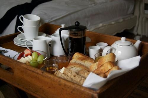 Поднос для завтрака в постель