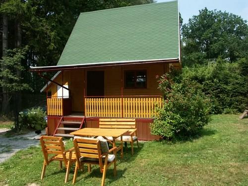 Дачный домик из дерева