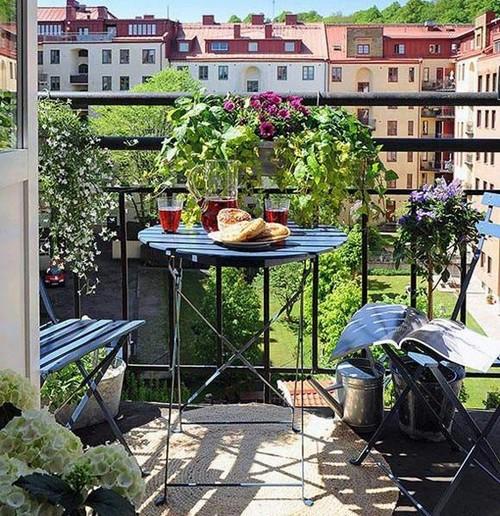 Дизайн балкона - балконные цветы
