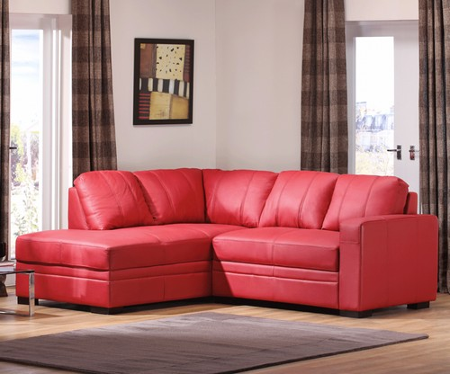 Красный кожаный угловой диван