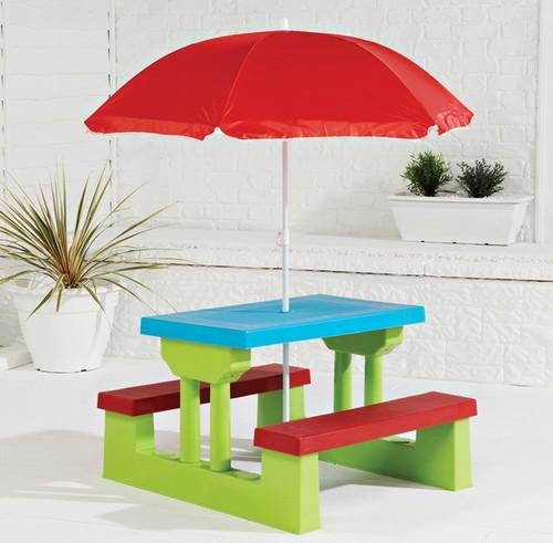 Детская пластиковая мебель для дачи