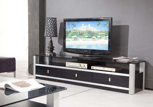 Тумба под телевизор из стекла и дерева