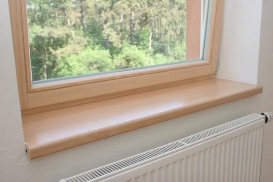 Деревянные окна и подоконники