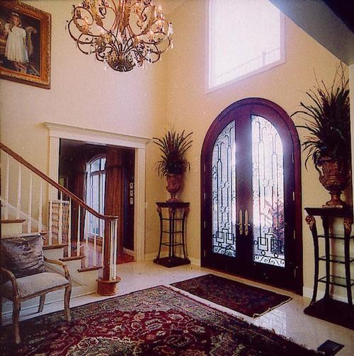 Элитные двери входные со стеклом