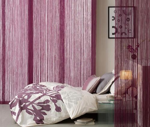 Веревочные жалюзи в интерьере спальни