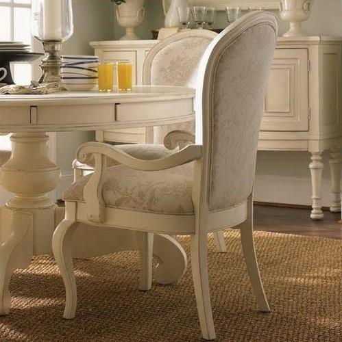 Классические стулья для дома