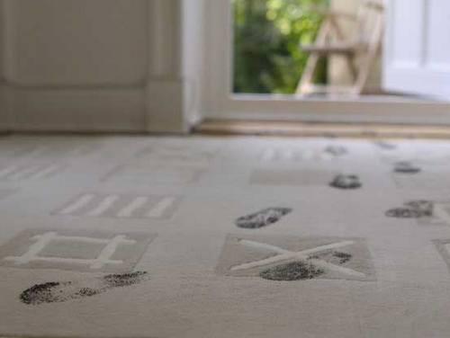 Чистка ковров от пятен
