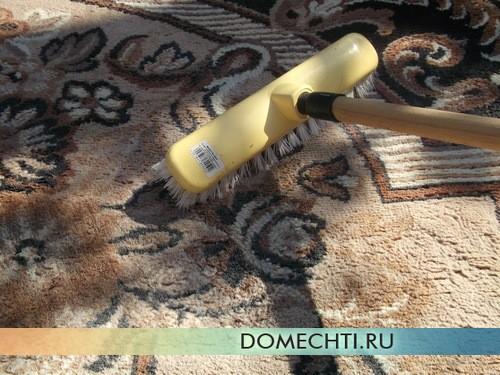 Как стирать ковер в домашних условиях