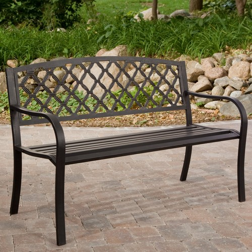 Металлическая скамейка садовая со спинкой