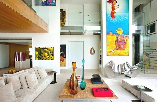 Современный интерьер двухуровневой квартиры