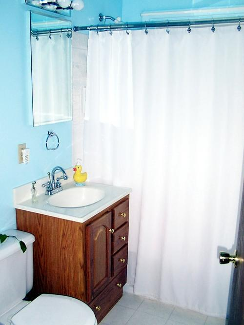 Столешница для ванной из искусственного мрамора