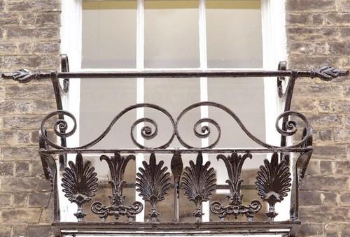 Кованые решетки на окна фото