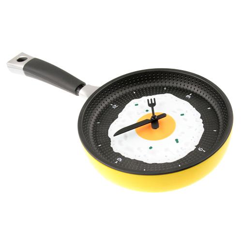 Часы настенные кухонные Глазунья