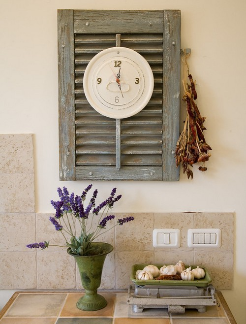 Часы на кухню в стиле ретро