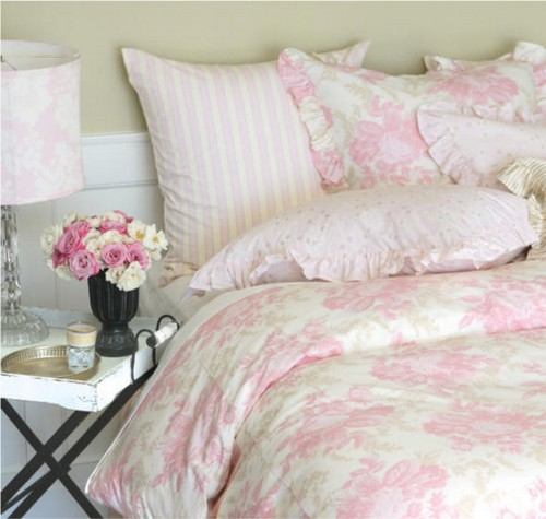 Интерьер спальни в стиле Шебби Шик