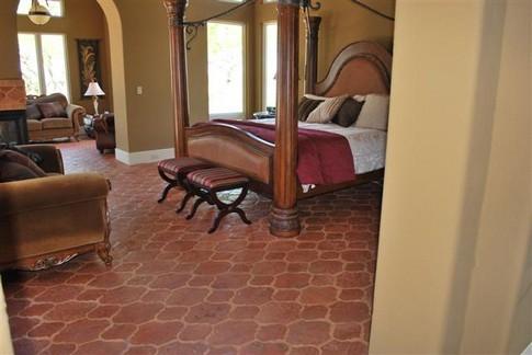 Терракотовая плитка для пола в спальне