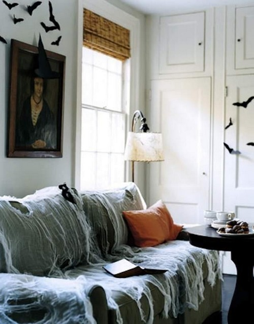 Декор стен и мебели на Хэллоуин