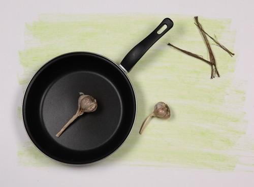 Кухонная сковорода с антипригарным покрытием