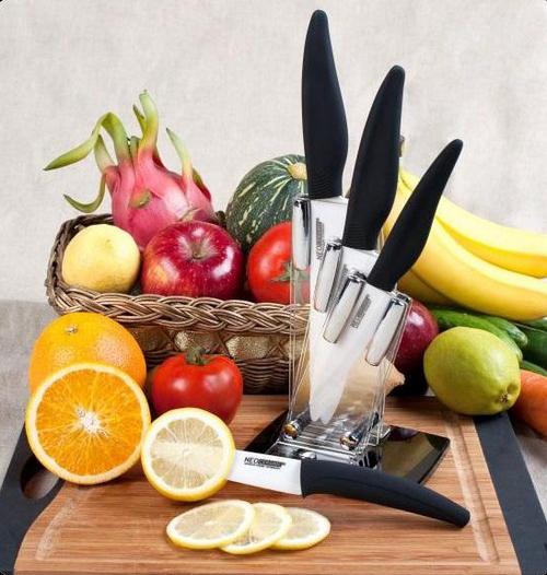 Набор керамических ножей фото