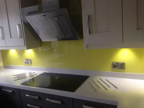 Скинали для кухни с подсветкой