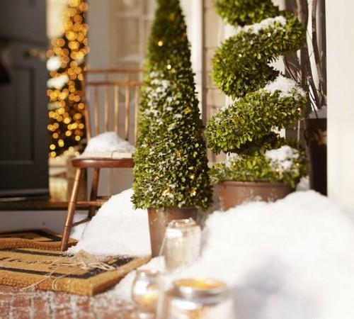 Новогодний декор для сада - уличная елка