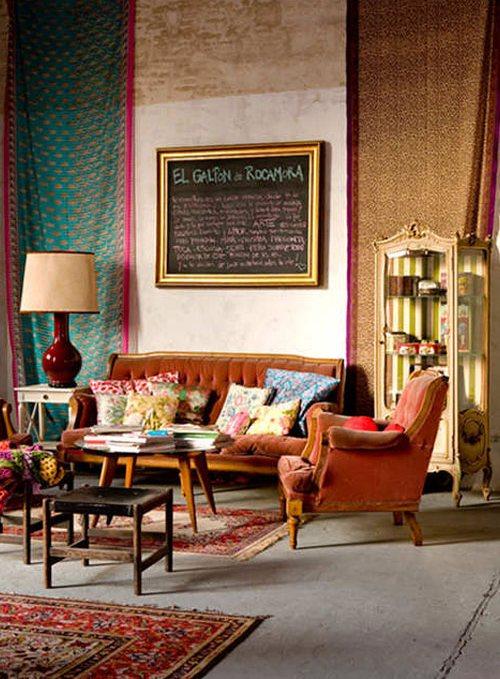 Антикварная мебель в интерьере