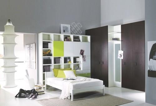 Мебельная стенка с кроватью в детской