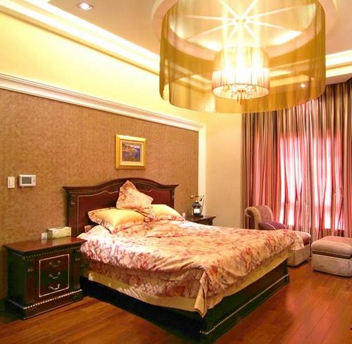Потолочное освещение спальни