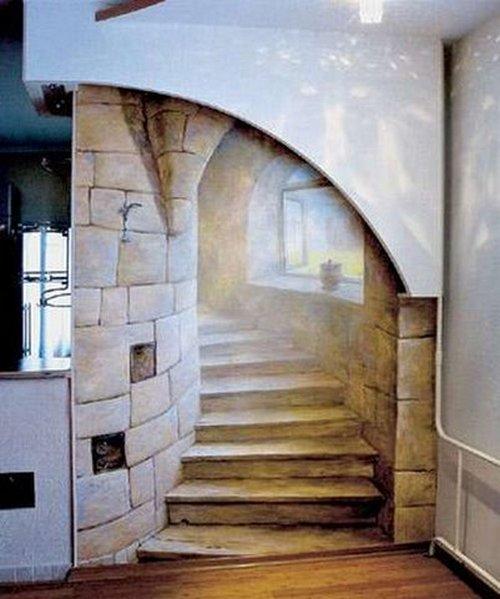 Панно имитирующее винтовую лестницу