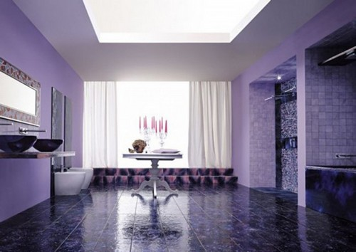 Серо-фиолетовый интерьер современной ванной комнаты