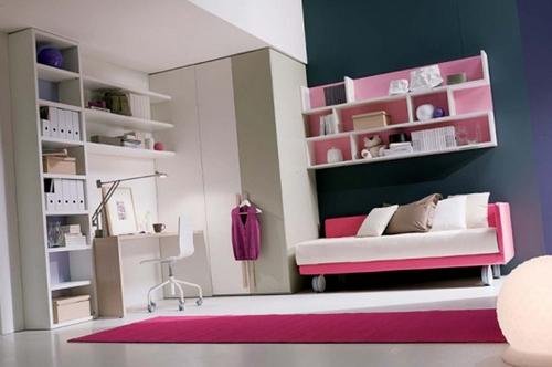 Серо-розовый интерьер детской комнаты для девочки