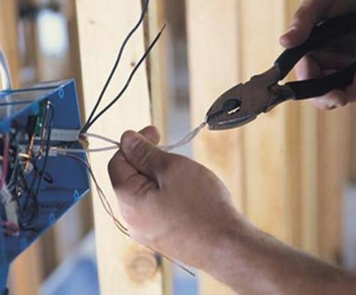 Коммутация проводов в распределительной коробке