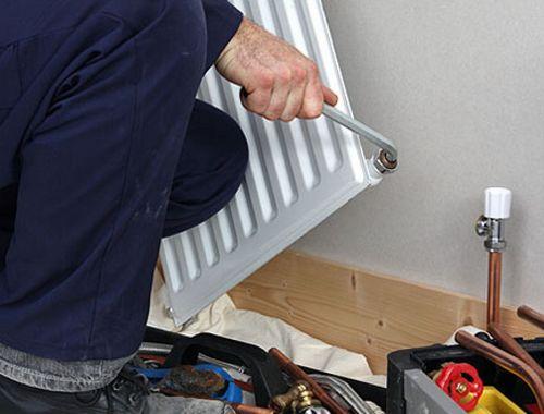 Монтаж радиаторов отопления фото